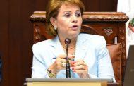Lucía Medina somete por difamación e injuria al periodista Salvador Holguín