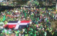 """Manifestantes no hicieron """"parada"""" frente al Palacio; llegan a parque"""
