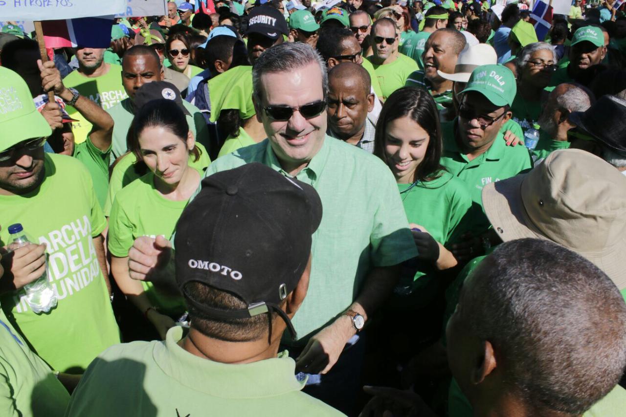 Abinader resalta aportes de la Marcha Verde a la institucionalidad