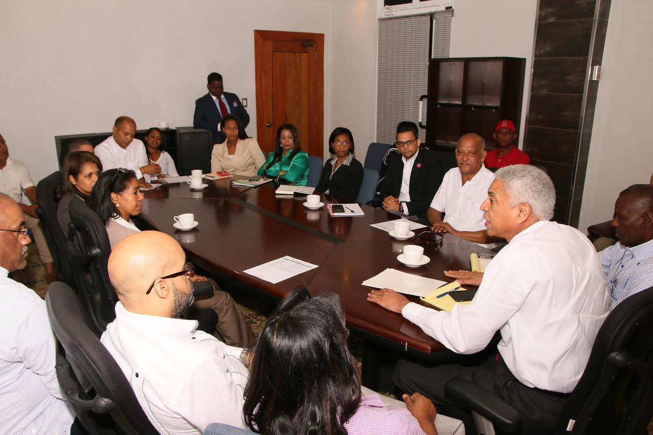 SC: Alcalde advierte a centros de salud