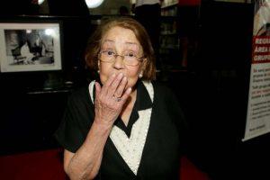 Muere Vida Alves, actriz protagonizó primer beso televisión brasileña