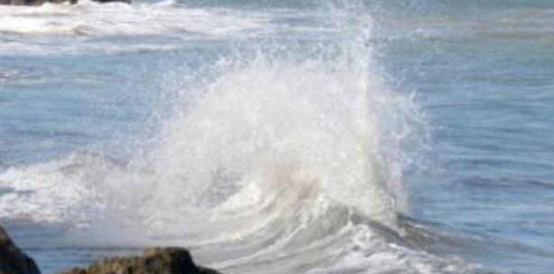 Advierten sobre condiciones marítimas peligrosas en la costa Atlántica de RD