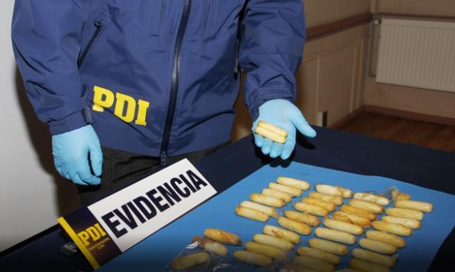 CHILE: Preso dominicano anduvo 2 semanas con 44 bolsitas de cocaína en el estómago