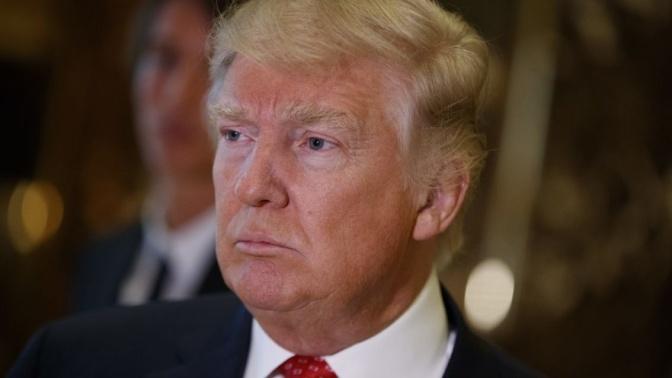 El Kremlin niega tener informaciones sobre Donald Trump con prostitutas