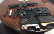 PUERTO PLATA: Decomisan fusil y seis cargadores en tanque llegado de EUA