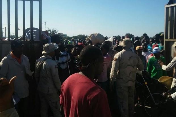 Avalancha de haitianos intenta ingresar ilegalmente a territorio dominicano