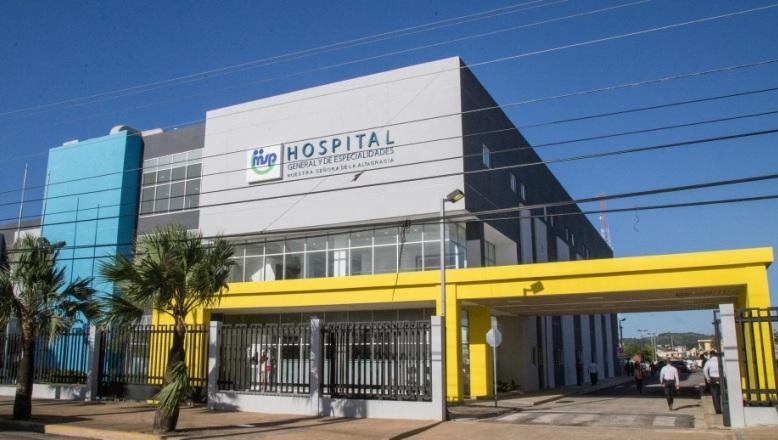 HIGüEY: Inicia operaciones hospital General y de Especialidades