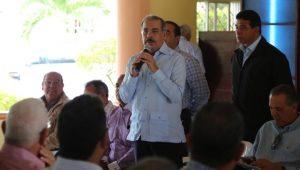 El presidente Medina apoyará ganaderos y porcicultores de Hato Mayor y La Romana