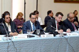 ARGENTINA: Andrés Navarro participa en reunión Ministros Educación AL y el Caribe