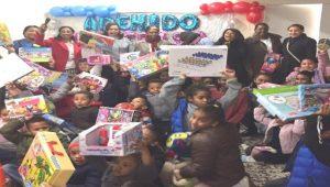 ESPAÑA: Asociación pro niñez RD entrega juguetes en Día de Reyes