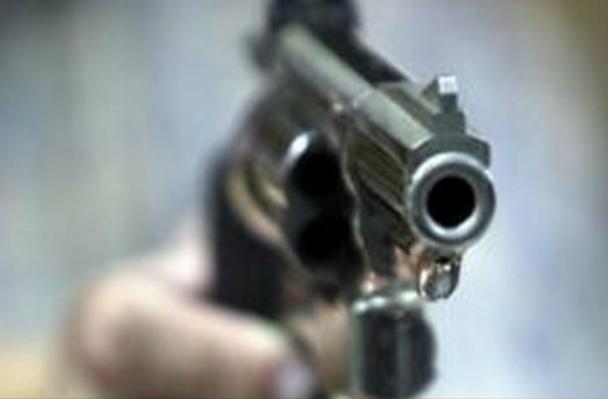 SDE: Desconocidos en motocicleta asesinan a balazos dirigente de Fenatrano y esposa