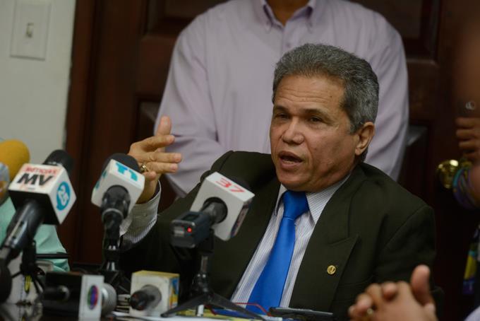 Colegio Médico rechaza designaciones directores hospitales realizó el SNS