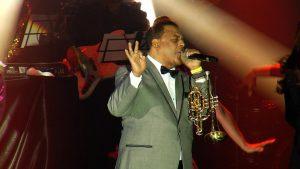 Wilfrido Vargas pide disculpas por ausencia