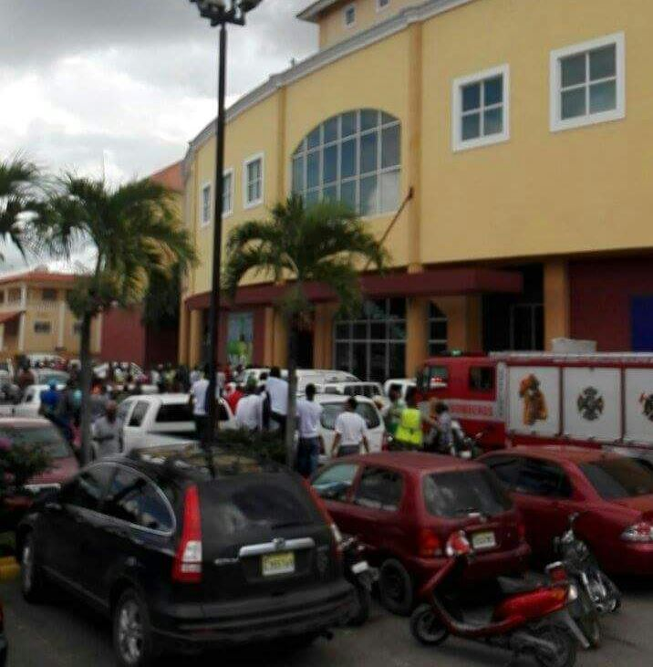 SPM: Hombre ingresa a una emisora, mata dos locutores e hiere secretaria
