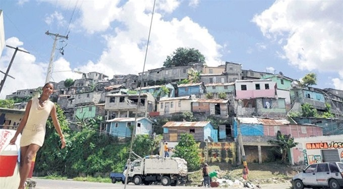 Baja la pobreza en la R. Dominicana, según dice el Ministerio de Economía