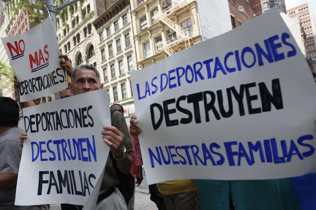 Inmigración EU dice que los 11 millones indocumentados pueden ser deportados