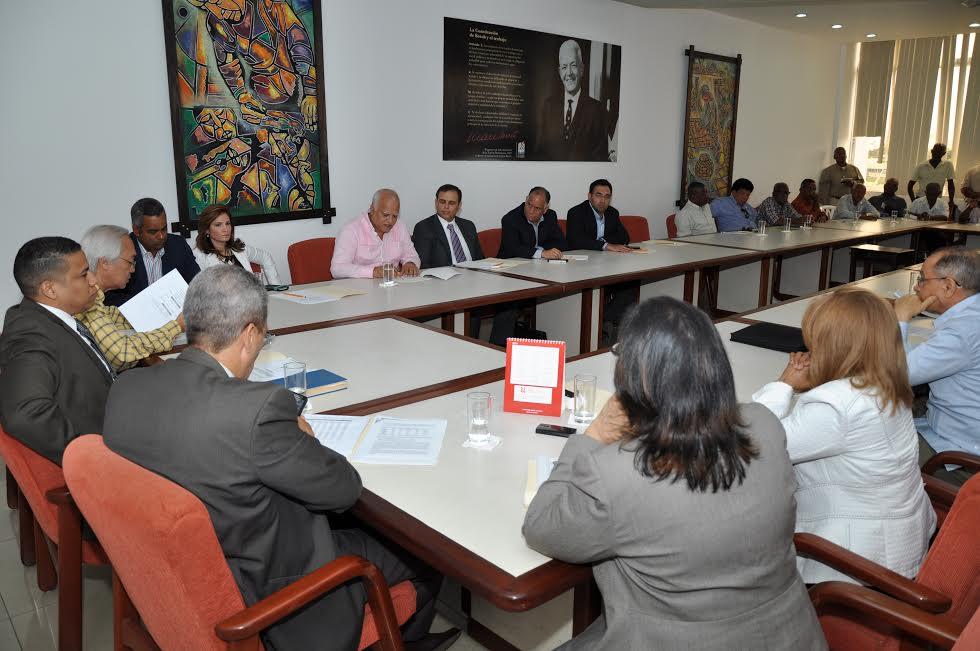 Comité de Salarios reitera convocatoria para revisar sueldo mínimo