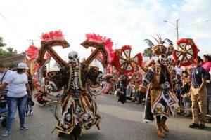 Mark B y Chiquito Team Band ponen a vibrar el carnaval de SDE