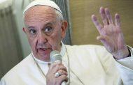 """El Papa critica la """"doble vida"""" de los católicos que hacen """"negocios sucios"""""""
