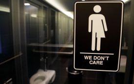 EEUU: Trump anula norma permitía estudiantes transgénero elegir baño
