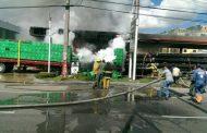 Varios heridos en incendio provocado por camión en gasolinera 27 de Febrero