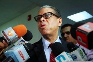 Modesto Guzmán pide retirar querella contra reformistas