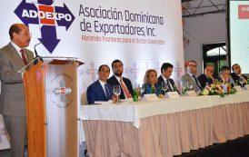 Ministro Montás propone plan para aumentar exportaciones mínimo 8% anual
