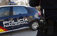 ESPAÑA: Detienen menor dominicano por apuntar con una pistola a un policía