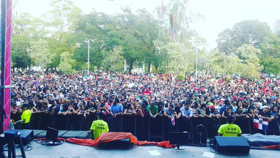 El público asistente al concierto de Baní.