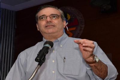Abinader vaticina incertidumbre si el Gobierno no cambia dirección