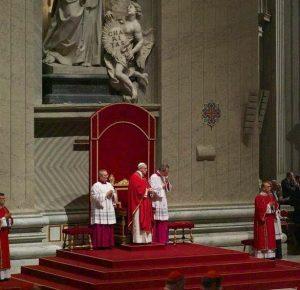 EL VATICANO: Cruz dominicana de 1514 a la que debemos tanto