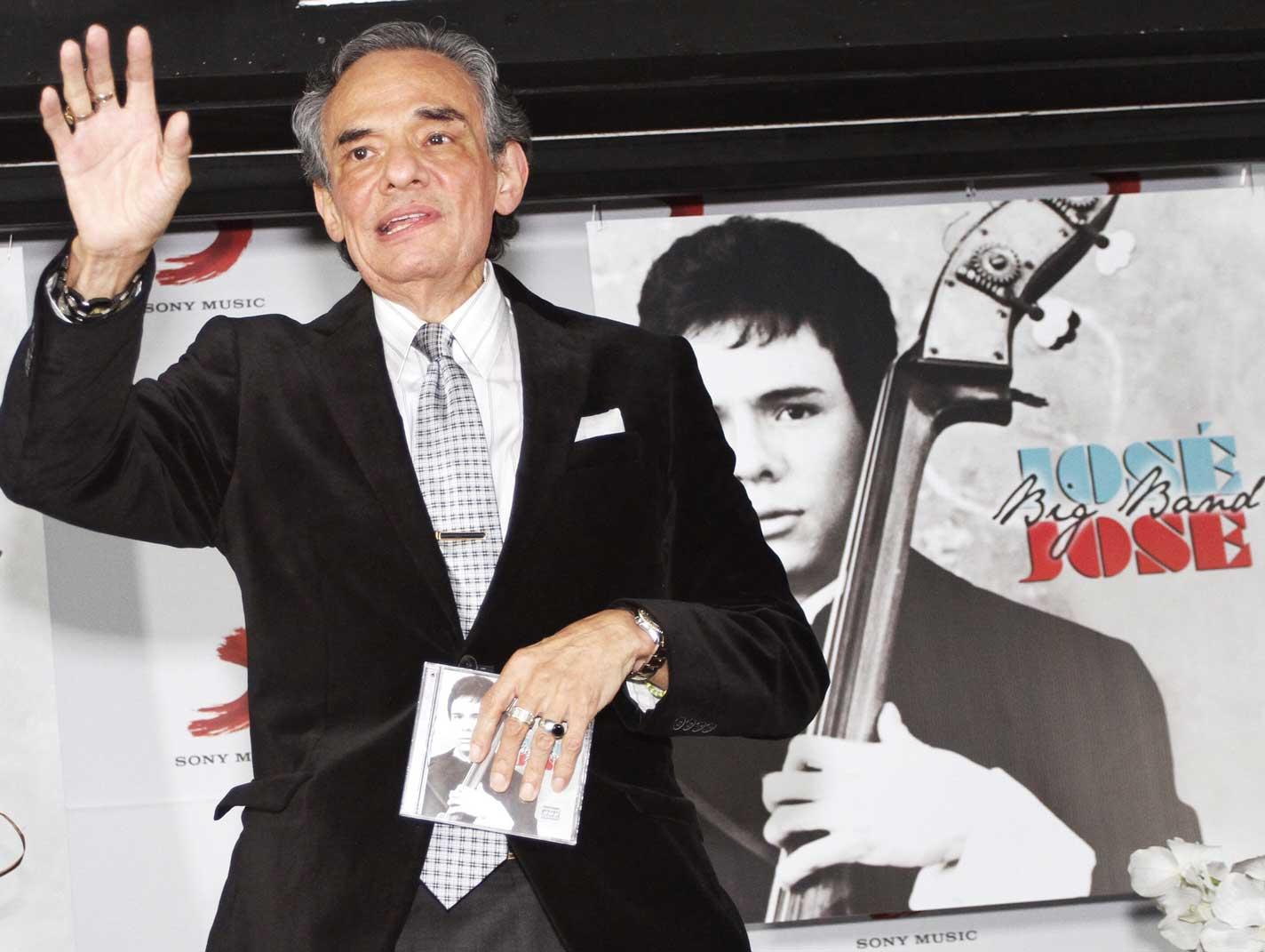 José José está hospitalizado en México; se especula que tendría un tumor