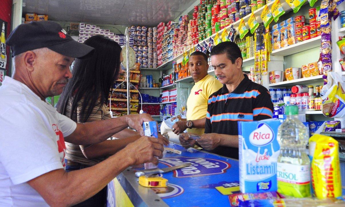 En 58% de los hogares de la RD ingresa hasta 20% menos dinero de lo que gasta