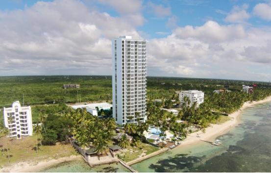 Avanza en Juan Dolio construcciónde lujosa torre apartamentos de 23 pisos