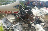 Piloto muere al caer avioneta fumigaba en una finca de arroz de Villa Tapia