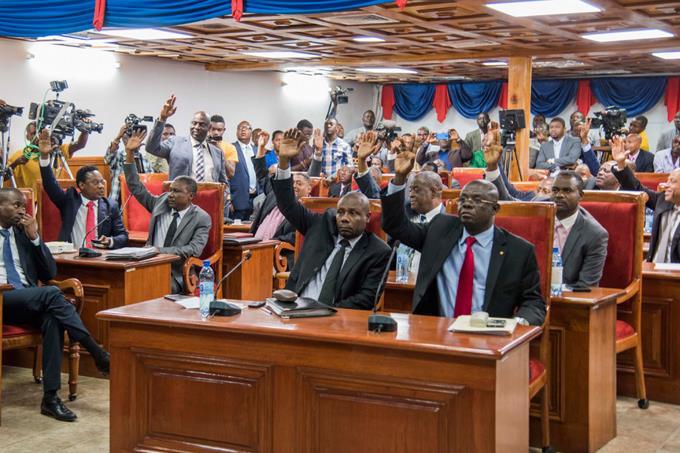 HAITI: Senado aprueba plan de Gobierno del Primer Ministro