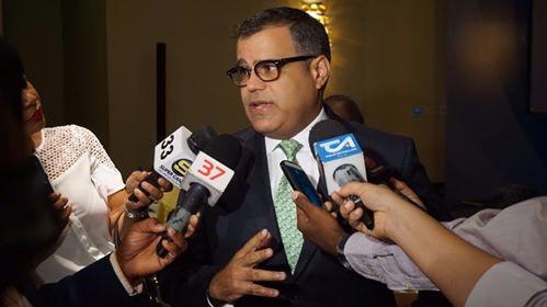 Senador Galán opuesto a que Gobierno entregue subsidios a transportistas