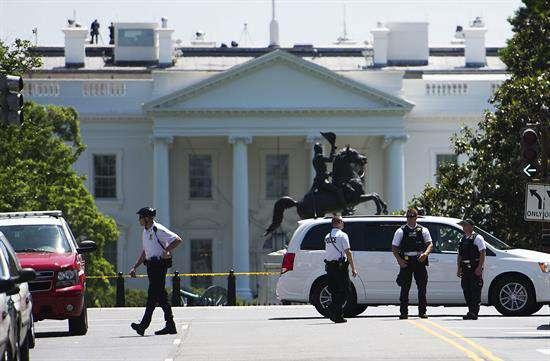 """WASHINGTON: Encuentran """"paquete sospechoso"""" cerca de la Casa Blanca"""