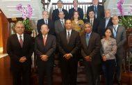 Valdez Albizu participa en reunión de organismos financieros en Panamá