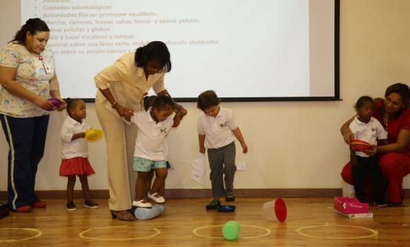 Niños de RD con discapacidad auditiva recibirán atención médica en Cuba