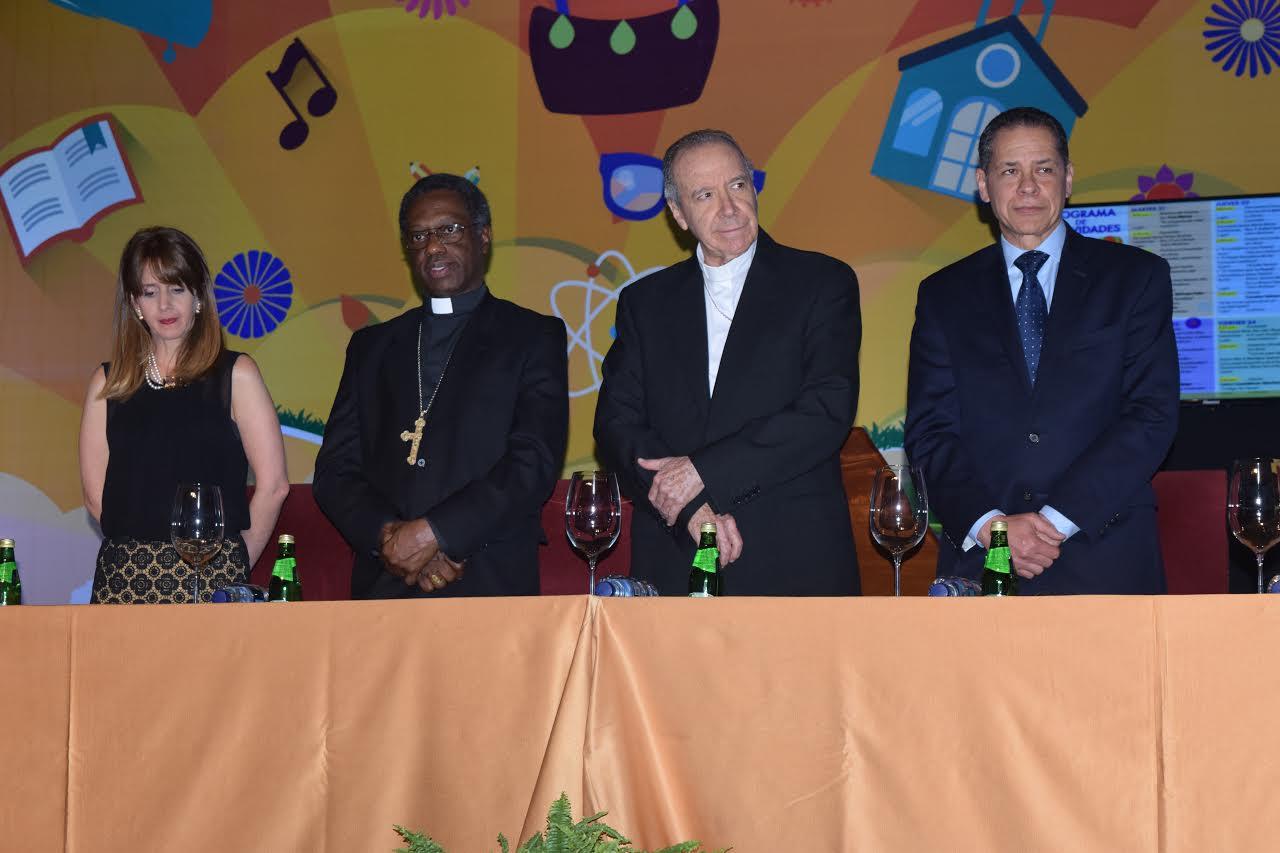 Cardenal Nicolás López Rodríguez recibe emotivo homenaje