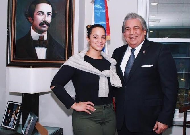 Consulado RD en NY reconoce trayectoria actriz Dascha Polanco
