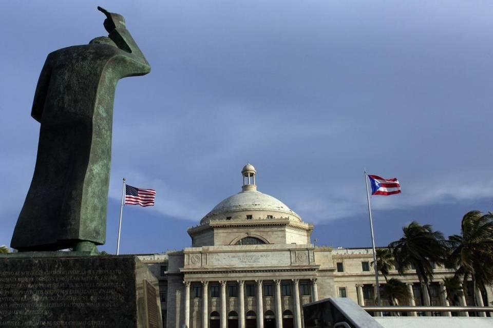 PUERTO RICO: Acusan a dos de RD operar red robo de identidad