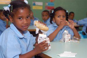 Dice CONALECHE puede suministrar toda la leche del desayuno escolar