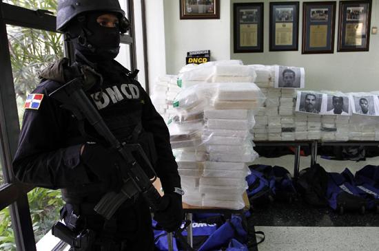 EE.UU. mantiene a RD en lista mayores países de tránsito de drogas del mundo