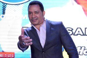 """Bachatero Frank Reyes anuncia """"Concierto para el mundo"""""""