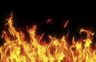SANCHEZ RAMIREZ: Fuego destruye 15 viviendas y varios negocios