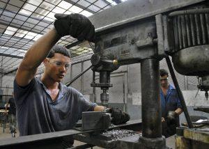 Presentan estudio sobre transición en el mercado de trabajo de jóvenes en la RD