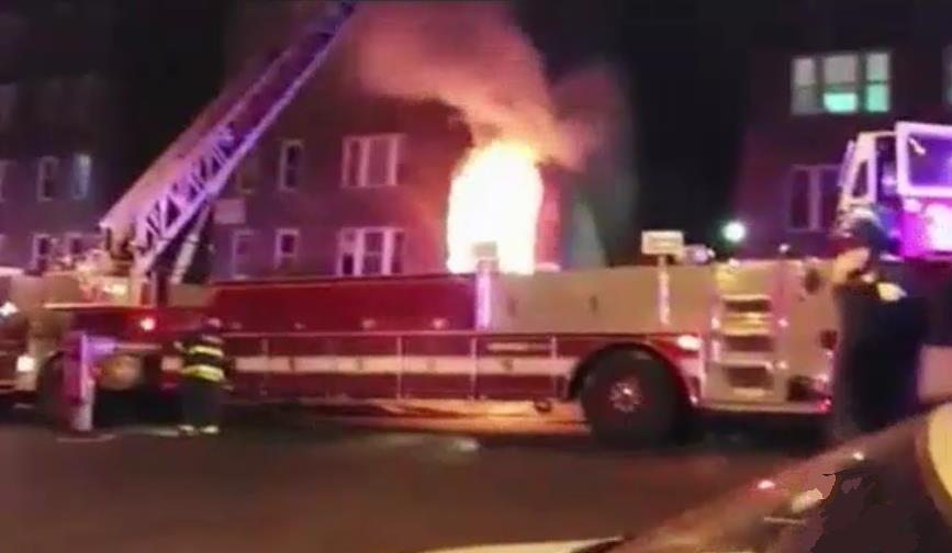 NUEVA JERSEY: Desalojan 120 personas  por fuego en Passaic