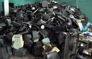 Destruyen máquinas tragamonedas y equipos operaban de manera ilegal